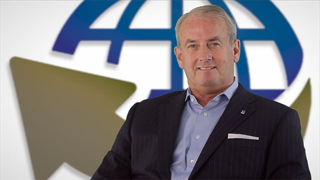 Video Thumbnail for Rich Bradshaw, Chief Banking Officer of United Community Bank, Online Banking