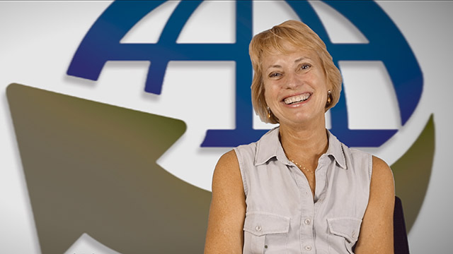 Video Thumbnail for Carolyn Vanagel on Why Local Businesses Should Be Interested in the HHI Motoring Festival